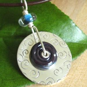 tube_riveted_pendant